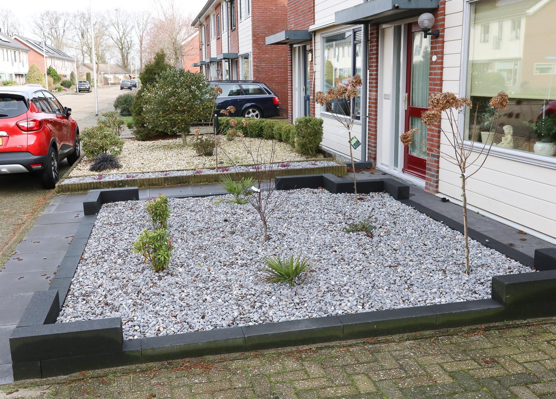 Simpele ( voordelige ) onderhoudsvriendelijke tuin